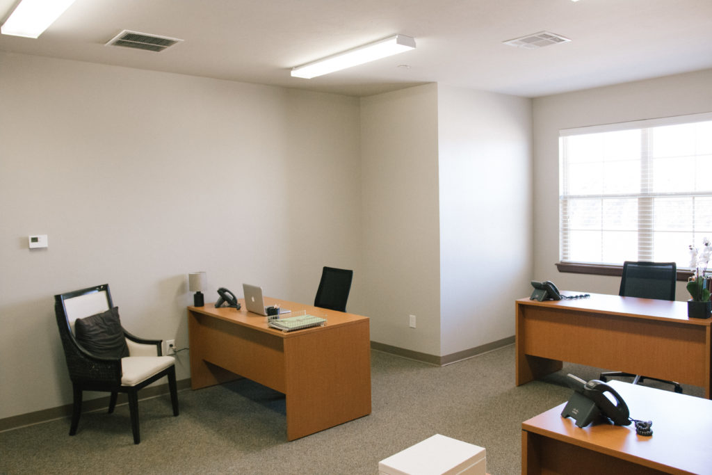 office for 4-6 people in edmond oklahoma